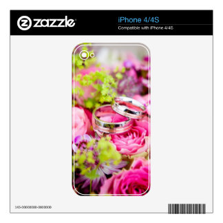 Wedding Bouquet with Wedding Ring Bands Decal For The iPhone 4