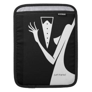 Wedding Couple Bride & Groom Dance To Remember iPad Sleeve
