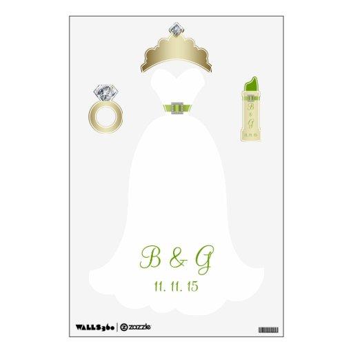 Engagement ring white wedding dress with printed green satin ribbon