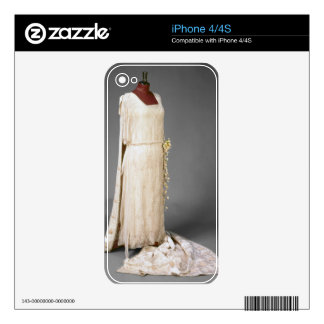 Wedding dress worn by Mary, Princess Royal, 1922 iPhone 4S Skin
