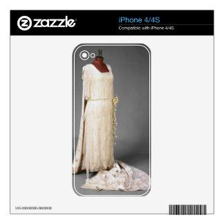 Wedding dress worn by Mary, Princess Royal, 1922 iPhone 4S Skin
