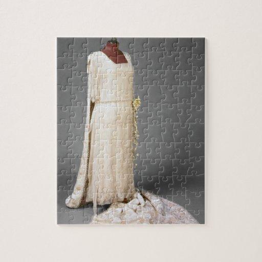 Royal Wedding Wear Crossword : Wedding dress worn by mary princess royal puzzles zazzle