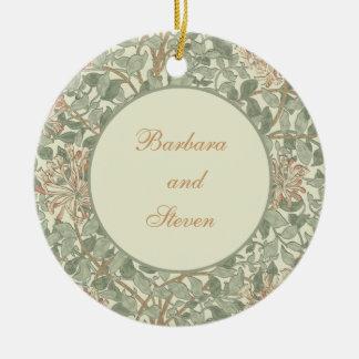 Wedding Invitation Green Honeysuckle Ornaments