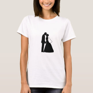 Wedding kiss bride and groom silhouette T-Shirt