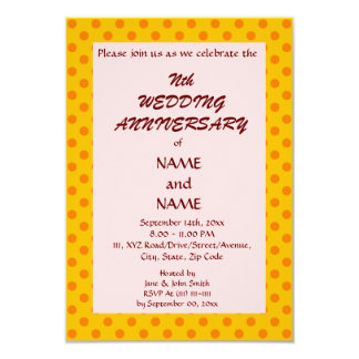 "WeddingAnniversary-Naranja PolkaDots, Invitación 3.5"" X 5"""