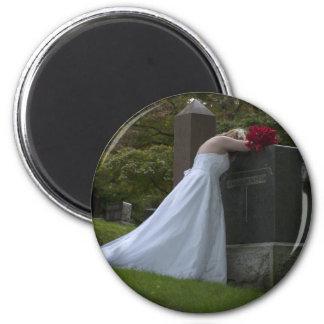 WedHusbandGraveVig091810 2 Inch Round Magnet