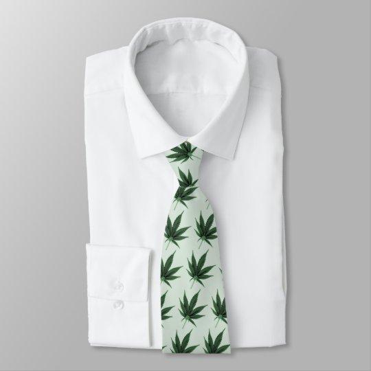 weediuy, tie