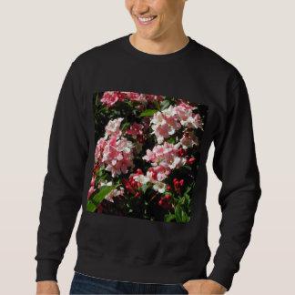 Weigela. Flores rosadas bonitas Suéter
