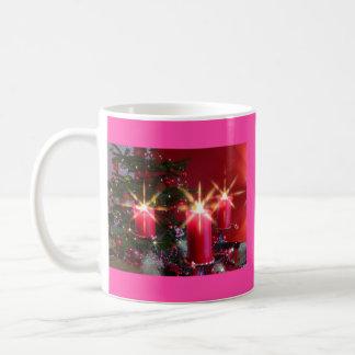Weihnacht, adviento, candelas ardientes rosas feri taza clásica