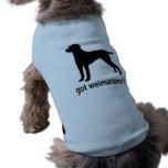 Weimaraner conseguido ropa de perros