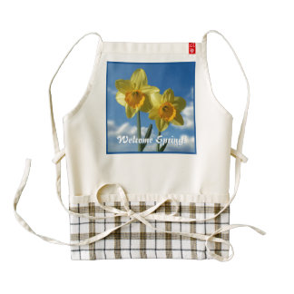 Welcome Spring! Two yellow Daffodils 2.2 Zazzle HEART Apron