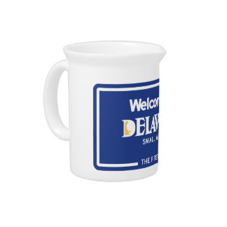 Welcome to Delaware - USA Road Sign Beverage Pitchers