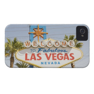 Welcome to fabulous las vegas nevada sign iPhone 4 Case-Mate cases