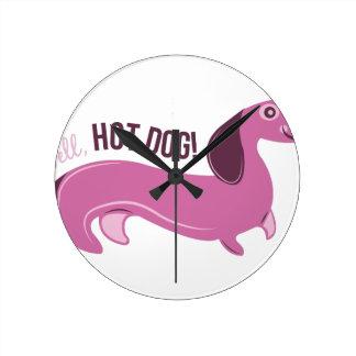 Well Hot Dog Round Wall Clock
