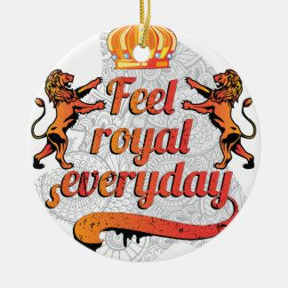 Wellcoda Feel Royal Everyday Crown Lion Ceramic Ornament