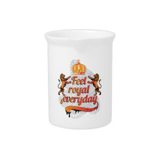 Wellcoda Feel Royal Everyday Crown Lion Drink Pitchers