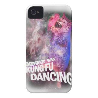 Wellcoda Kung Fu que baila el gato salvaje lírico iPhone 4 Case-Mate Coberturas