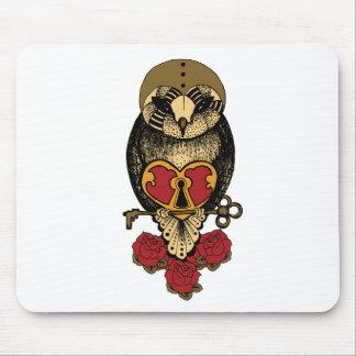 Wellcoda Old School Owl Rock Locked Heart Mouse Pad