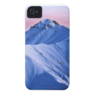 Wellcoda Rocky Mountain Peaks Snow Rock iPhone 4 Cover