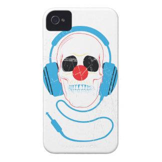 Wellcoda Skull Head Love Music Headphones iPhone 4 Cover