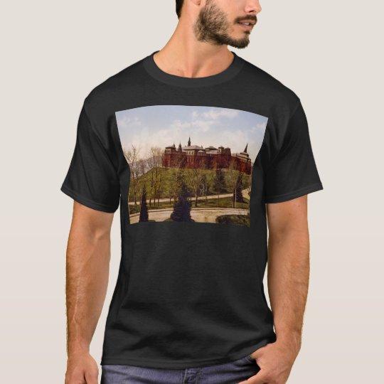 Wellesley College Massachusetts T-Shirt