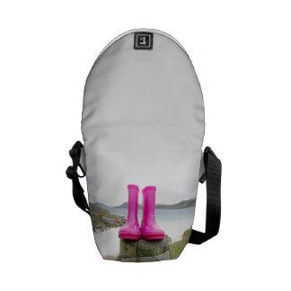 Wellies rosado bolsas de mensajeria