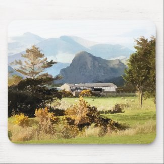 WELSH FARM AND MOUNTAIN LANDSCAPE MOUSE PAD