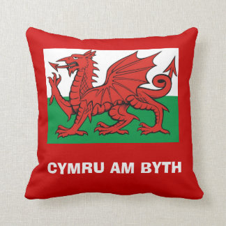 Welsh flag, Cymru am byth Throw Pillow