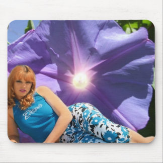 wendy flower1 mouse pad