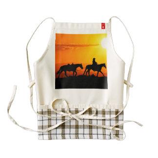 Western cowboy-Cowboy-texas-western-country Zazzle HEART Apron