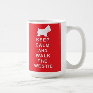 Westie guarda calma y camina la taza del westie