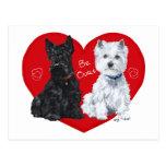 Westie y tarjeta del día de San Valentín del escoc Postal