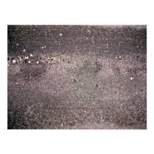 Wet cement with wet sand and pebbles print