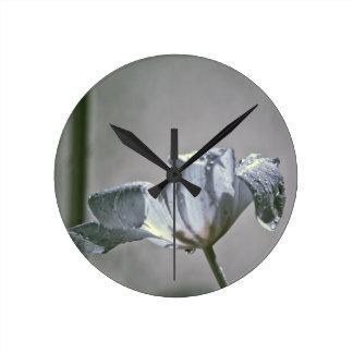 Wet Tulip Infrared Round Clock
