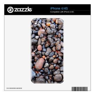 Wet volcanic pebbles decals for iPhone 4