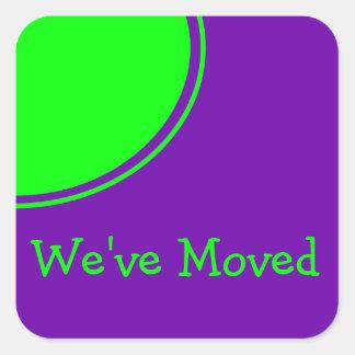Weve púrpura verde claro movió la invitación pegatina cuadrada