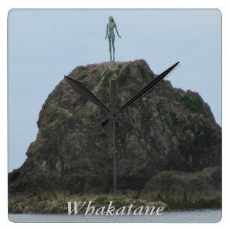 Whakatane (Wairaka Statue) Clock