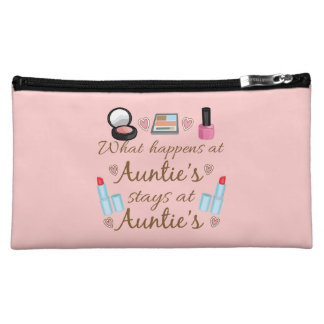 What happens at Auntie's Cosmetic Bag