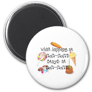 What Happens at MomMom's STAYS at MomMom&apos 2 Inch Round Magnet