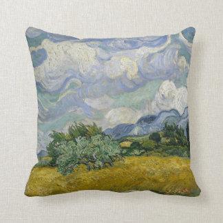 Wheatfield con los cipreses almohada