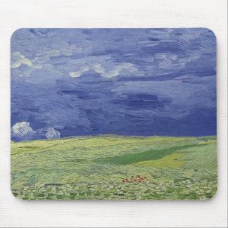 Wheatfields debajo de las nubes tormentosas, 1890 alfombrillas de ratón