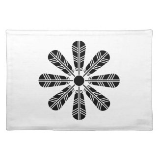 Wheel of eight hawk feathers placemat