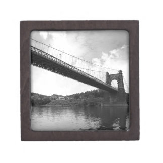 Wheeling Suspension Bridge B&W Premium Gift Box