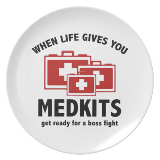 When Life Gives You Medkits Party Plate