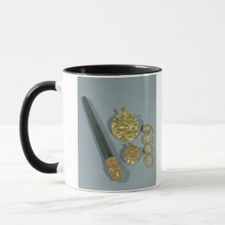 Whetstone and rings with granulated decoration, Su Mug