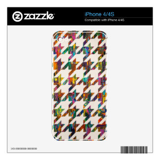 Which Came First, Galaga or Houndstooth? Decals For The iPhone 4S