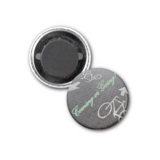 Which direction? 1 inch round magnet