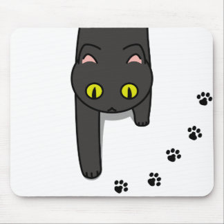 < While (clo) cat passing > The cat passing Mouse Pad