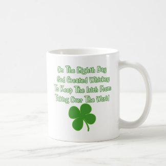 Whisky irlandés taza de café