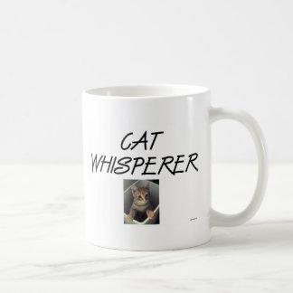Whisperer del gato con Ollie Taza Clásica